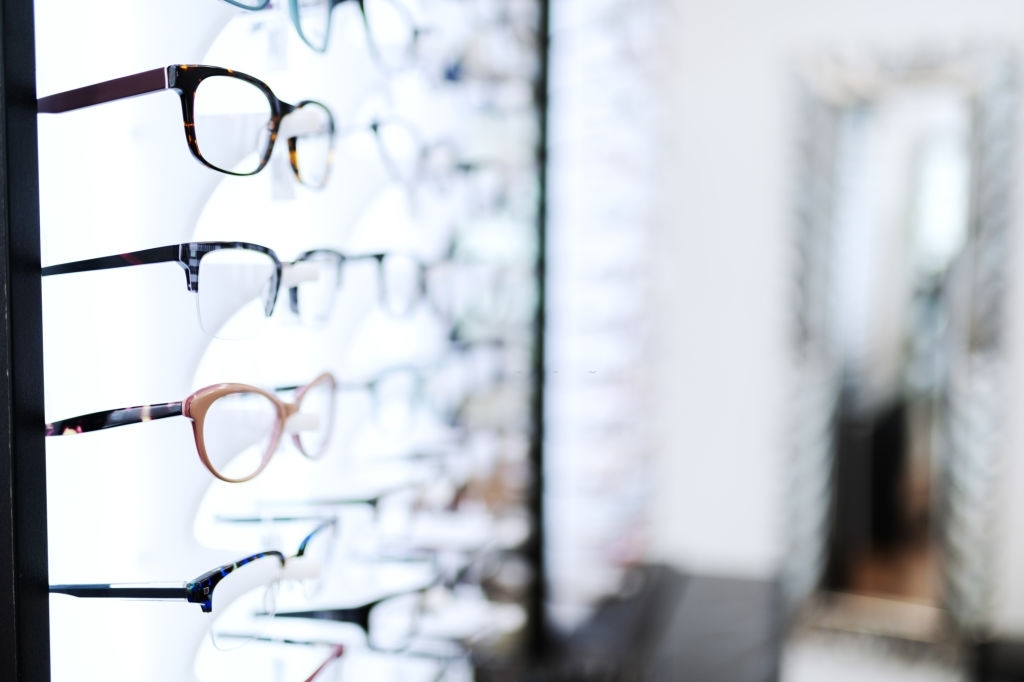 How Do I Buy Glasses Online?
